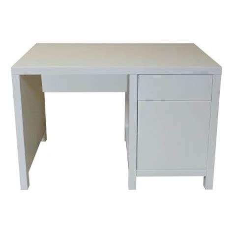 bureau enfant gris bureau enfant gris clair quax mobilier smallable