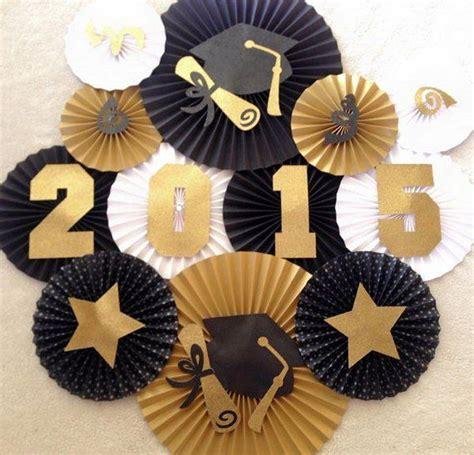 Graduation Decor by 25 Best Ideas About Graduation Decorations On