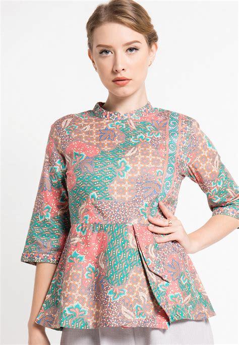 model design batik modern model batik couple muslim holidays oo