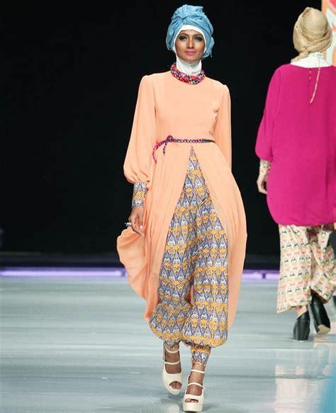 Celana Batik 24g By Ada Batik the spotlight 50 inspirasi batik modern