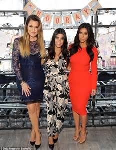 khloe kardashian bathtub scott disick takes a bubble bath with khloe kardashian daily mail online