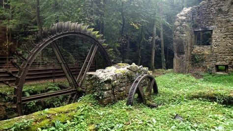 beautiful abandoned places 33 most beautiful abandoned places around the world srs bznz