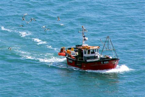 fishing boat trawler fishing trawler related keywords fishing trawler long