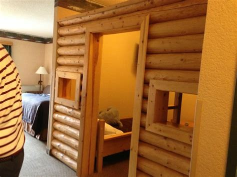 Great Wolf Lodge Cabin by Cabin Room Picture Of Great Wolf Lodge Traverse