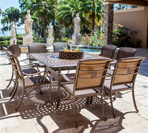 bridgeton patio furniture www essentialsinside bridgeton palladio dining set traditional outdoor dining