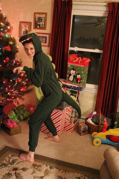 reddits  worst  weirdest christmas presents  daily dot