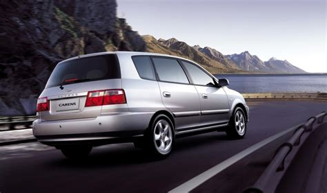 2002 Kia Carens kia carens minivan mpv 2002 2004 technical data prices