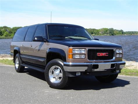 how things work cars 1996 gmc suburban 2500 interior lighting fkrause 1996 gmc suburban 1500 specs photos modification info at cardomain