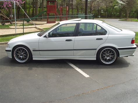 Bmw 328i 1998 by 1998 Bmw 3 Series Other Pictures Cargurus