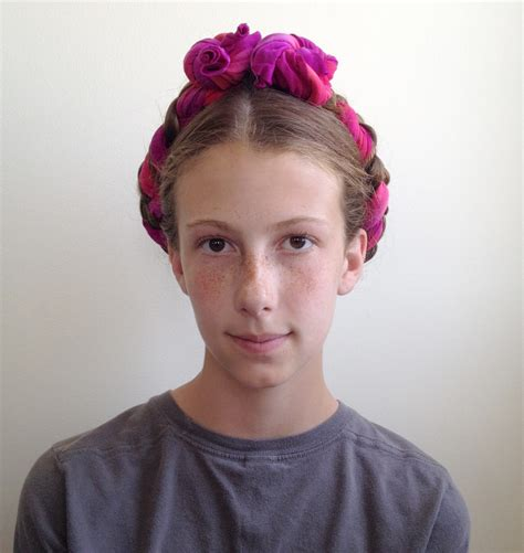 Frida Kahlo Hairstyle by How To Do Frida Kahlo Hair February Option 1 The Bo
