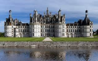 chateau de la loire arts et voyages