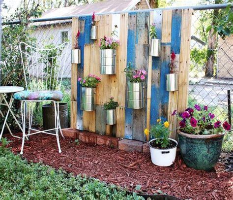 Vertical Garden Made Out Of Pallets Pallets Made Wood Wall Planter Ideas Pallet Ideas