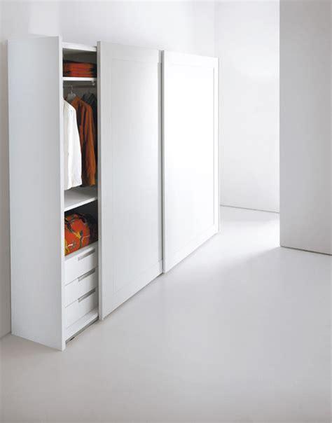 emmebi armadi armadio in legno con ante scorrevoli con specchio passe