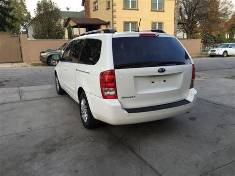 Used Kia Sedona 2012 Used 2012 Kia Sedona Lx Minivan 6 990 00