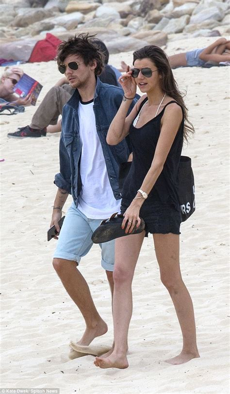 louis tomlinson dating one direction s louis tomlinson enjoys beach date with