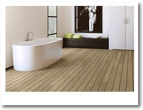 Badezimmerboden Laminat by 1000 Ideas About Bathroom Lino On Vinyl