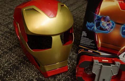 Mainan Helm Iron gunakan ar hasbro vision ubah anda jadi iron