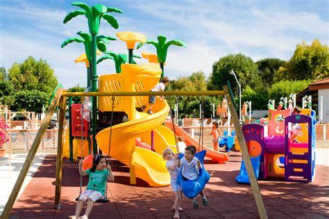 tappeti elastici torino parco giochi gonfiabili torino il parco giochi