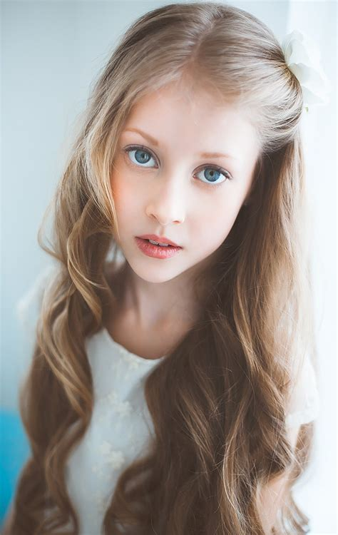 very young little russian girls alisa charushina a russian child model pinteres