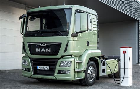 electric semi truck man to test electric semi truck later this year gas 2