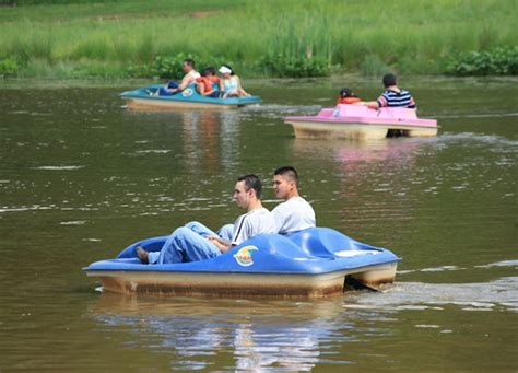 central park paddle boats colonial park putting course paddle boats open saturday