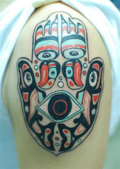 cool hamsa tattoo ideas  meanings hative