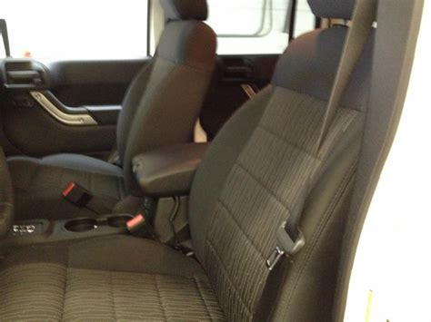 Auto Upholstery Calgary by Chinook Auto Upholstery Inc Calgary Ab 4525 1 St Se