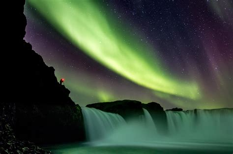 vacation packages to see northern lights northern lights go 240 afoss waterfall saga travel