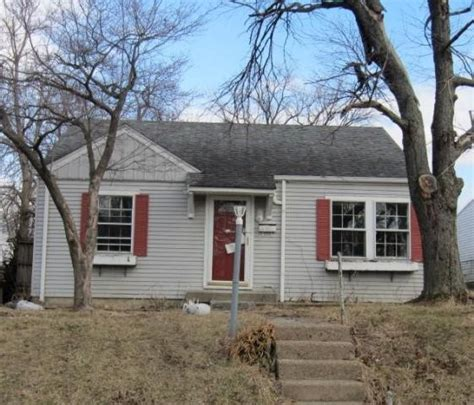 house for sale louisville ky 40214 4315 south 1st street louisville ky 40214 foreclosed home information foreclosure
