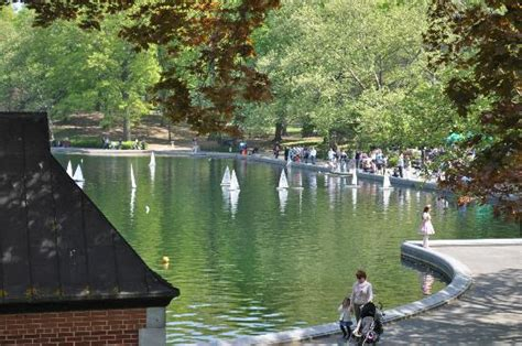 rc boats new york remote controlled sail boats picture of central park