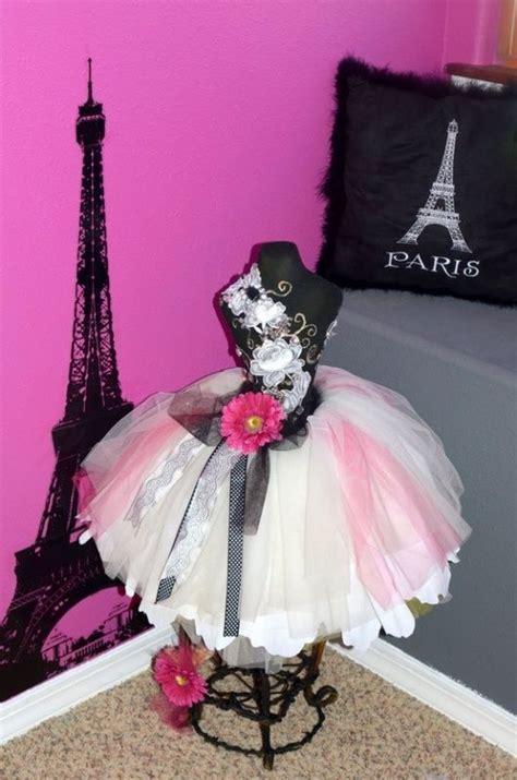 parisian bedroom decor 25 best ideas about paris themed bedrooms on pinterest paris bedroom girls paris