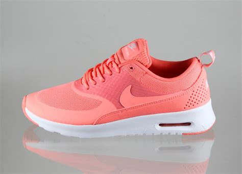 Nike Air Max Thea Pink 301 moved permanently