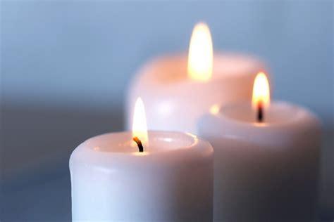 imagenes velas blancas velas blancas encendidas 27670