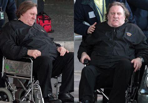 gerard depardieu home g 233 rard depardieu de cadeiras de rodas em aeroporto na
