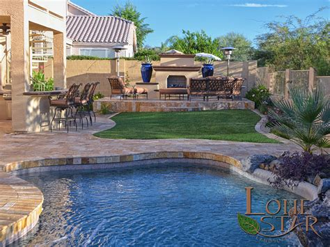 Backyard Pools In Arizona This Back Yard Features Oro Travertine Deck And Coping