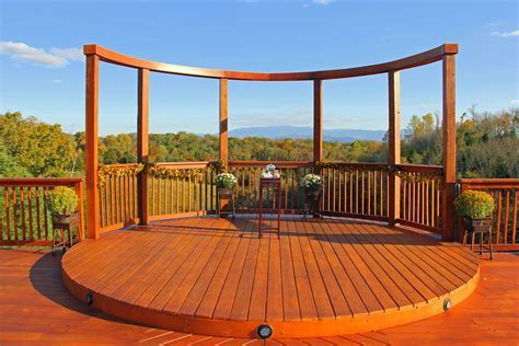 Mountain view outdoor ceremony site in Sevierville, TN
