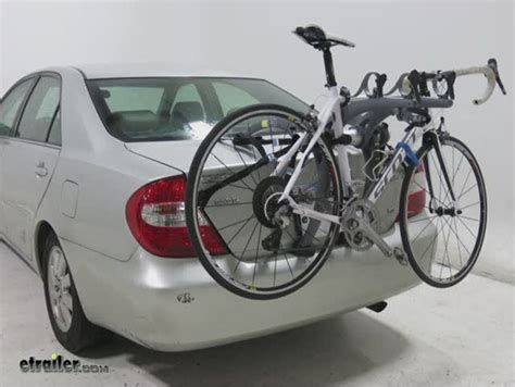 How To Use Saris Bike Rack by Saris Bones 3 Bike Carrier Adjustable Arms Trunk Mount