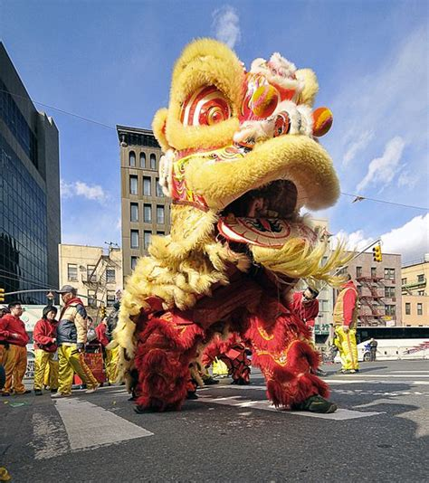 new year parade chinatown 2015 best things to do for the lunar new year in chinatown nyc