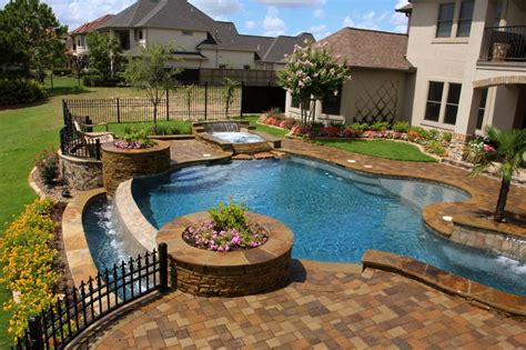 negative edge swimming pool water features pinterest