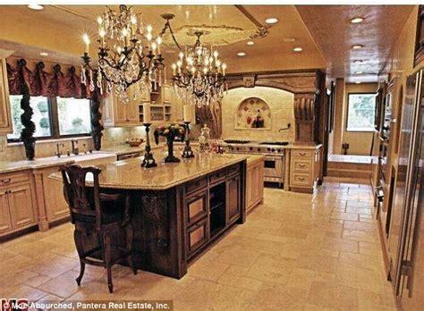 jenner house interior kim kardashian breaks her silence on fake jenner house on kuwtk daily mail online
