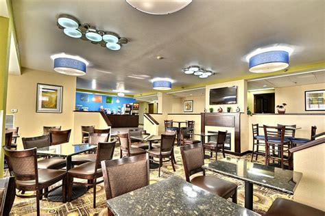 comfort inn and suites clearwater fl comfort inn suites hotel deals reviews clearwater