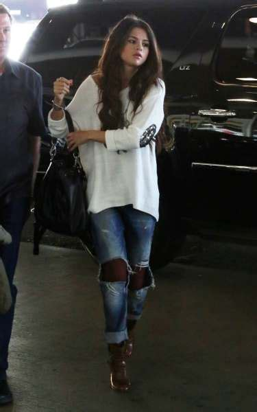cute selena gomez outfits  inspire
