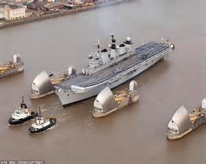 thames barrier vets falklands war aircraft carrier hms illustrious heading for