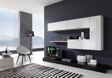 soggiorno bianco e nero arredare casa con le pareti nere bigodino