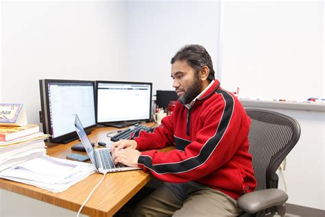 Iupui Computer Science Mba Program by Computers To Differentiate Between With