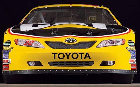 Toyota In Nascar Toyota Enters Nascar Motorsport Motor Trend