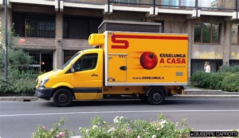 esselungaa casa esselunga rilancia l e commerce giuseppecaprotti it