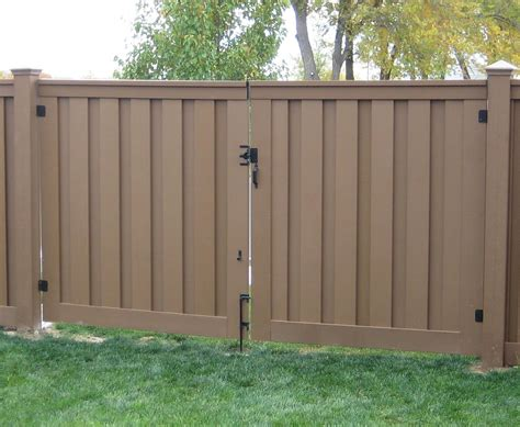 Fence Door by Trex Gates Hardware Low Maintenance Fencing Naturally
