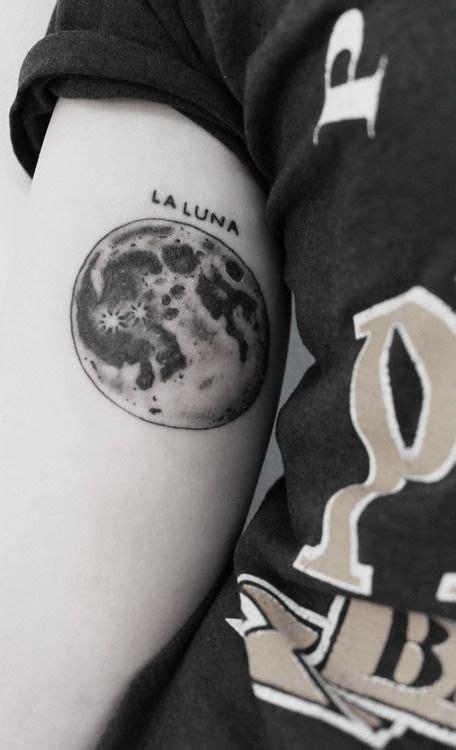 la luna tattoo la moon tattoomagz