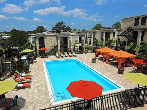 2 Bedroom Apartments In Tallahassee parkway square rentals tallahassee fl apartments com